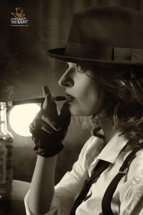 B&W Cigar Ladies Soking HAT