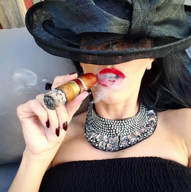 sexy cigar ladies smoking female smile cigar