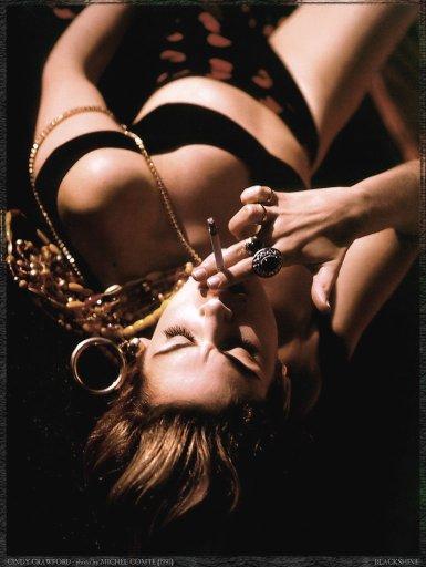 nude naked supermodel smoking