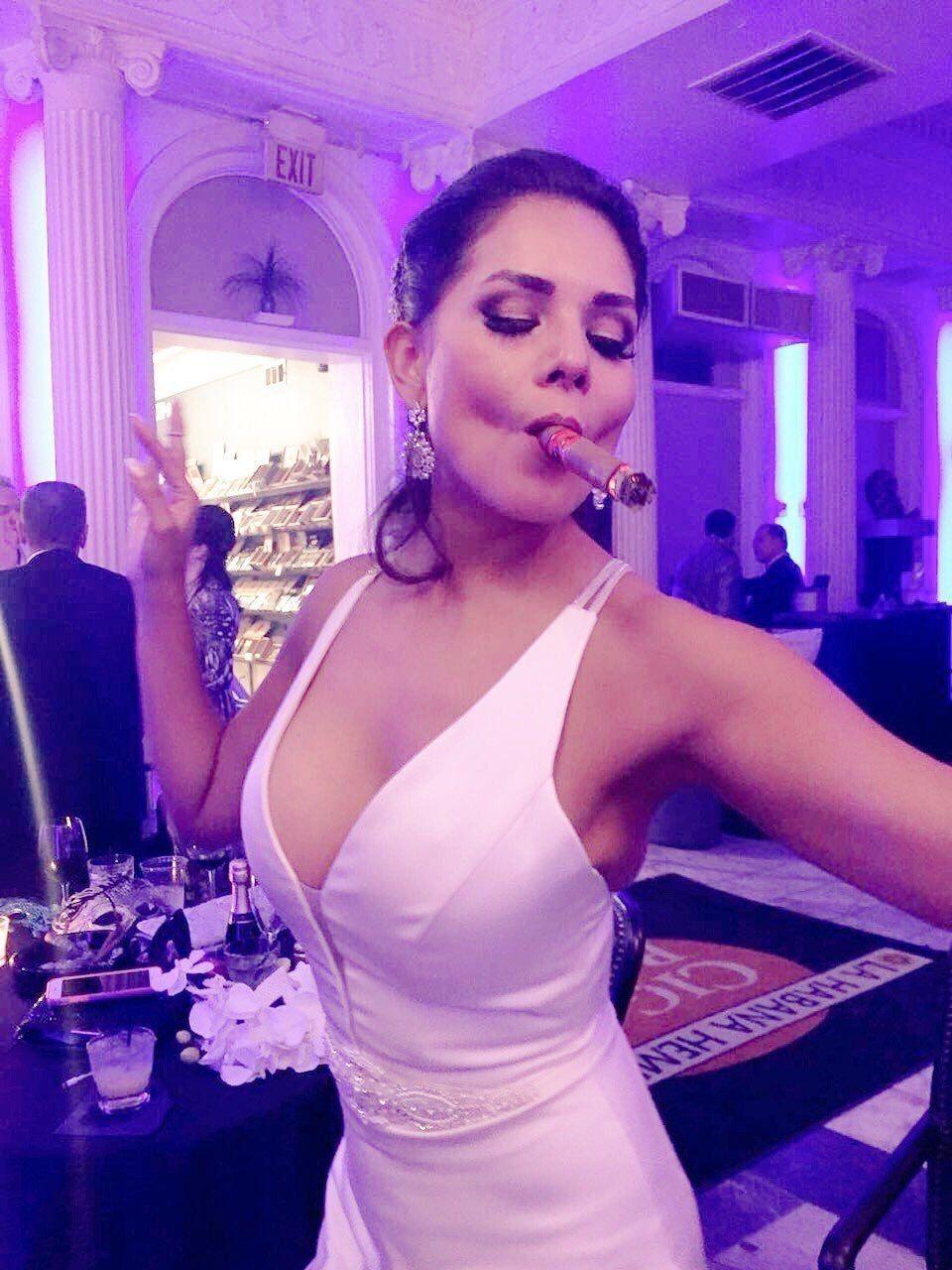 top 100 beautiful cigar women