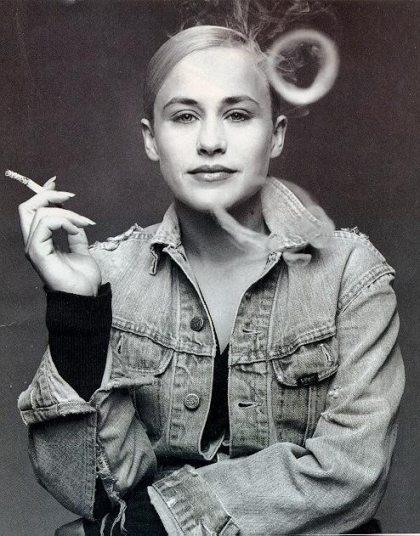 Papatricia Arquette HOT and Smoke - Papatricia Arquette