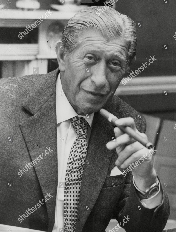 zino-davidoff-connoisseur-of-havana-cigars