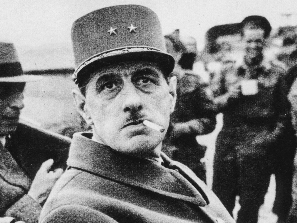 Charles cigarette cigar de Gaulle and  smoking